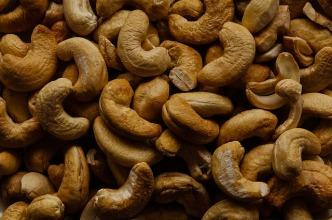 cashew-nuts-967650_640